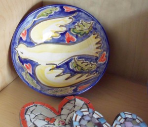 dove hearts bowl